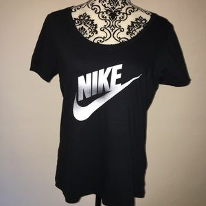 Nike Black logo active top